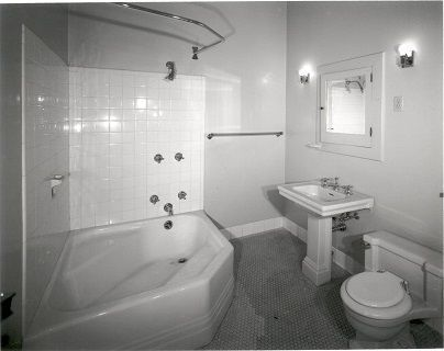 2nd-floor-bathroomnolabelHGMFile