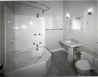 2nd-floor-bathroomnolabelHGMFile